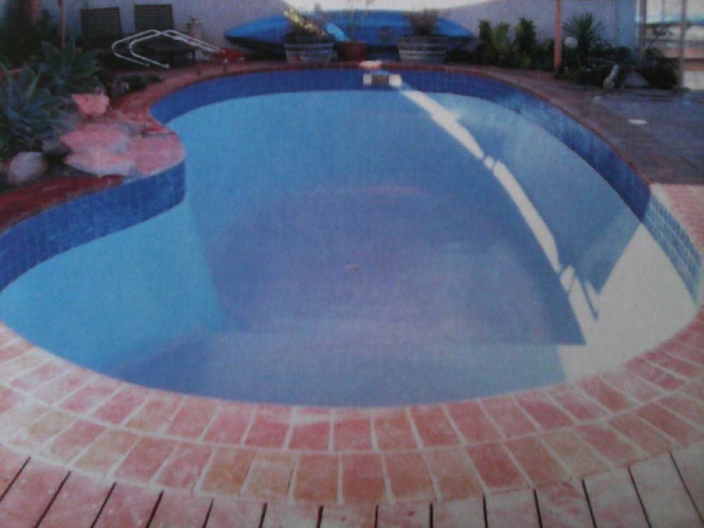 Pintura para piscinas fuentes ornamentales estanques - Pintura de piscina ...